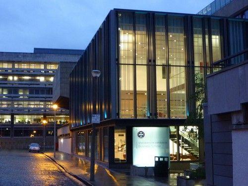 بورسیه تحصیلی کارشناسی ارشد دانشکده بازرگانی ادینبورگ برای دانشجویان بین المللی در انگلستان
